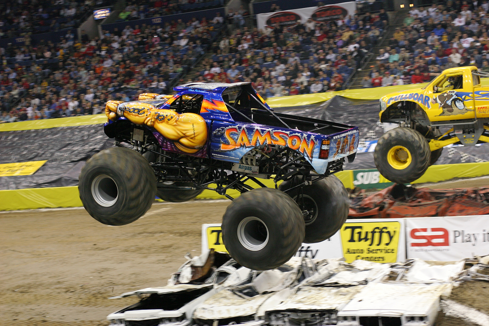 pics photos monstertrucks wallpaper
