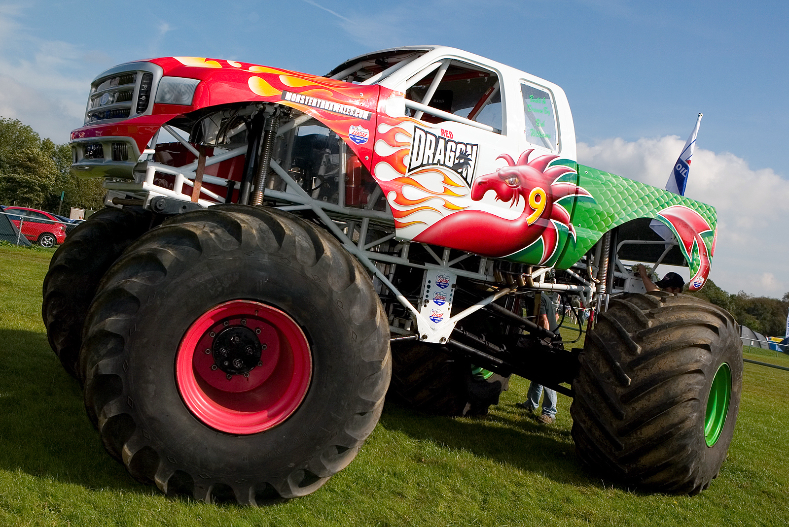 wallpaper crazy monstertrucks