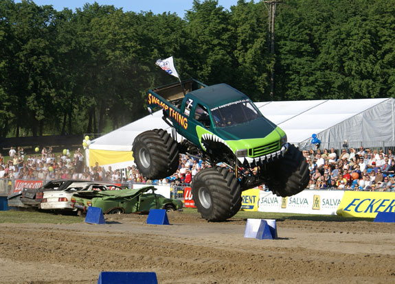 monstertrucks_4
