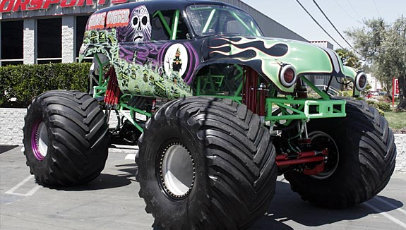 Rules of monster trucks (Grave digger)